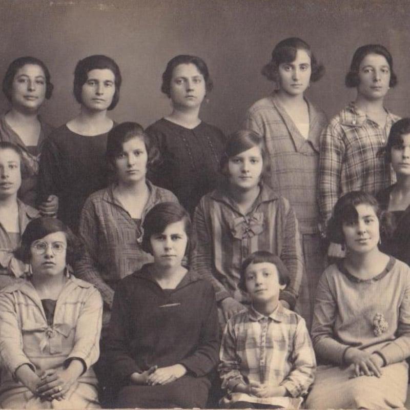 foto de mujeres antigua